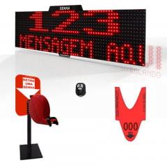 Painel Eletrônico de Senha e Mensagens Digital S-748-KB 70x15cm Controle Sem Fio Sequencial + Kit TiraSenha Pedestal de Balcão